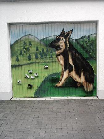2004_Garagentor_Schäferhund